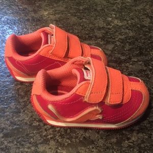 Puma light up toddler sneakers